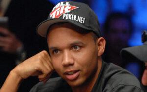 Phill Ivey jogando Poquer